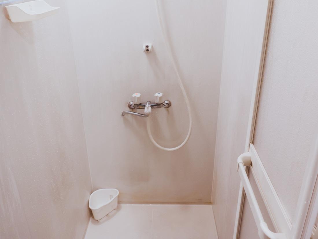 梅田キャッツのシャワー室